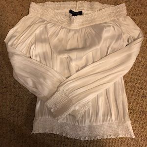 Size Small WHBM lightweight gorgeous blouse